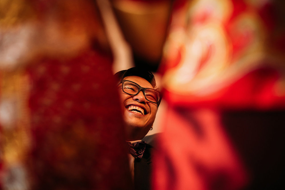 happy guest at a Chinese wedding