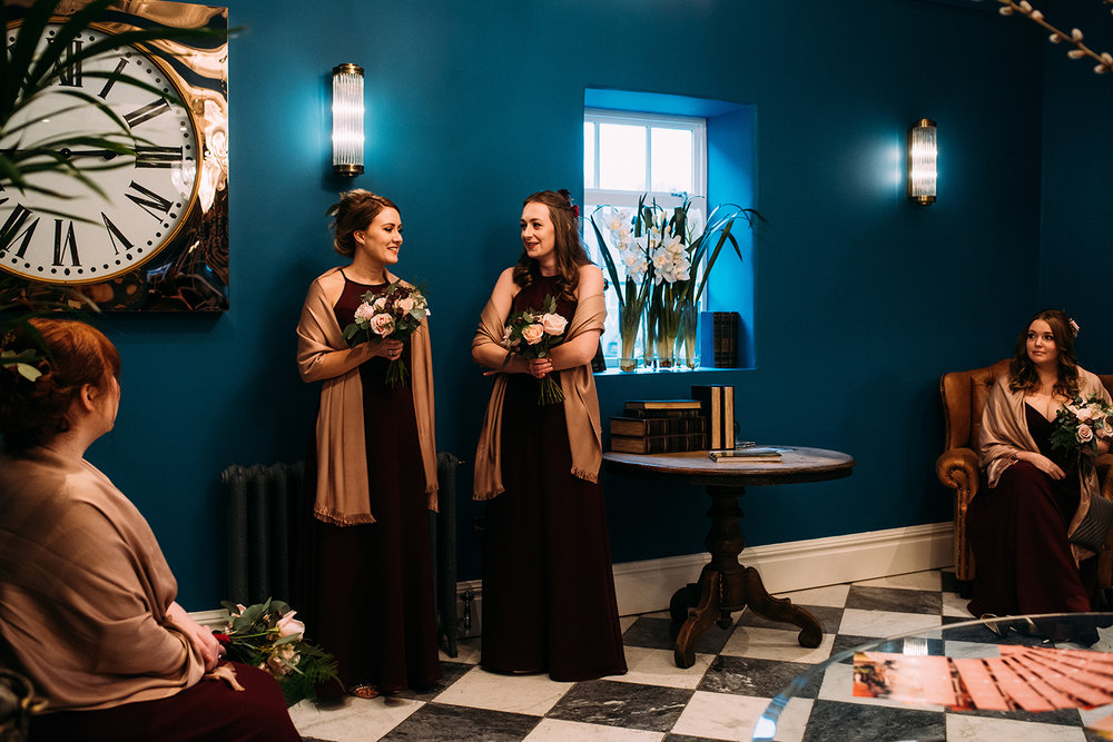 The bridesmaids waiting in the spinning block reception