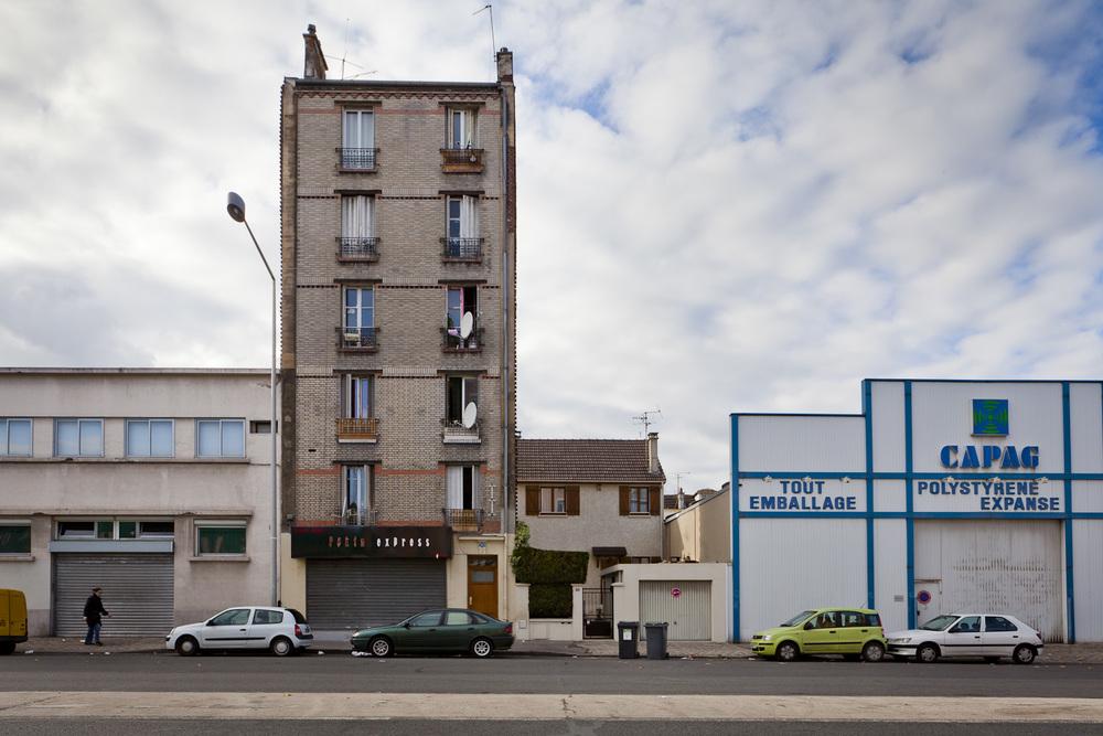 24-Saint Denis-Boulevard Ornano-2010.jpg