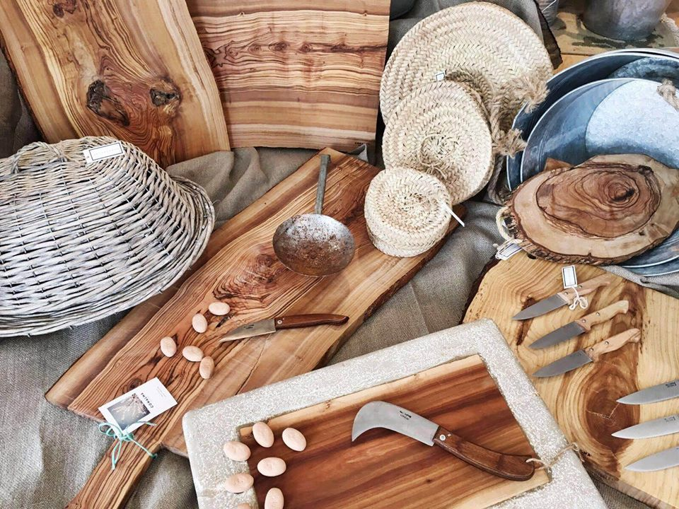 deguayhaus-products-knives-cutting-boards-wood