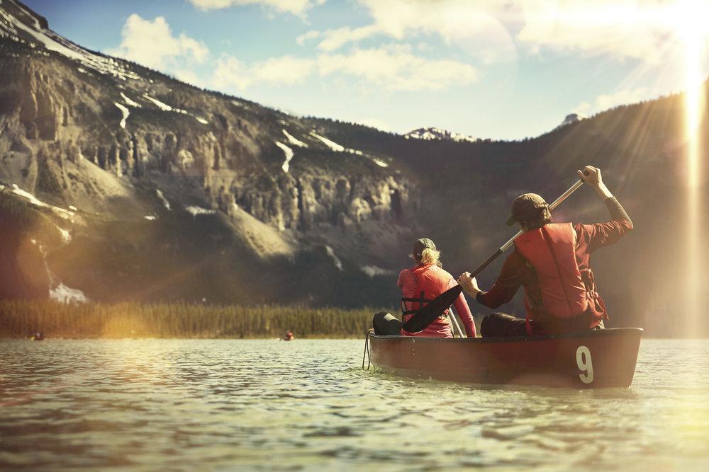 CanoeEmeraldLake.jpg