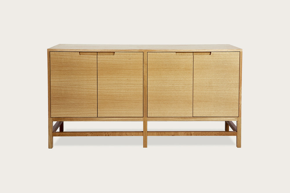 Linea 4-Door Cabinet in oak - Speke Klein
