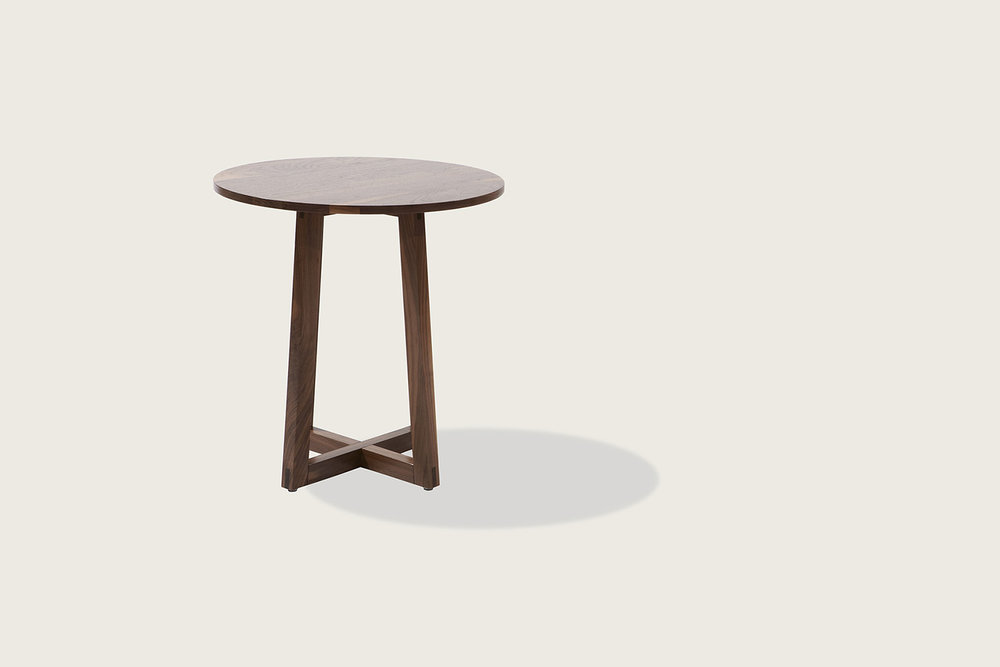 Finn Side Table in solid walnut - Speke Klein