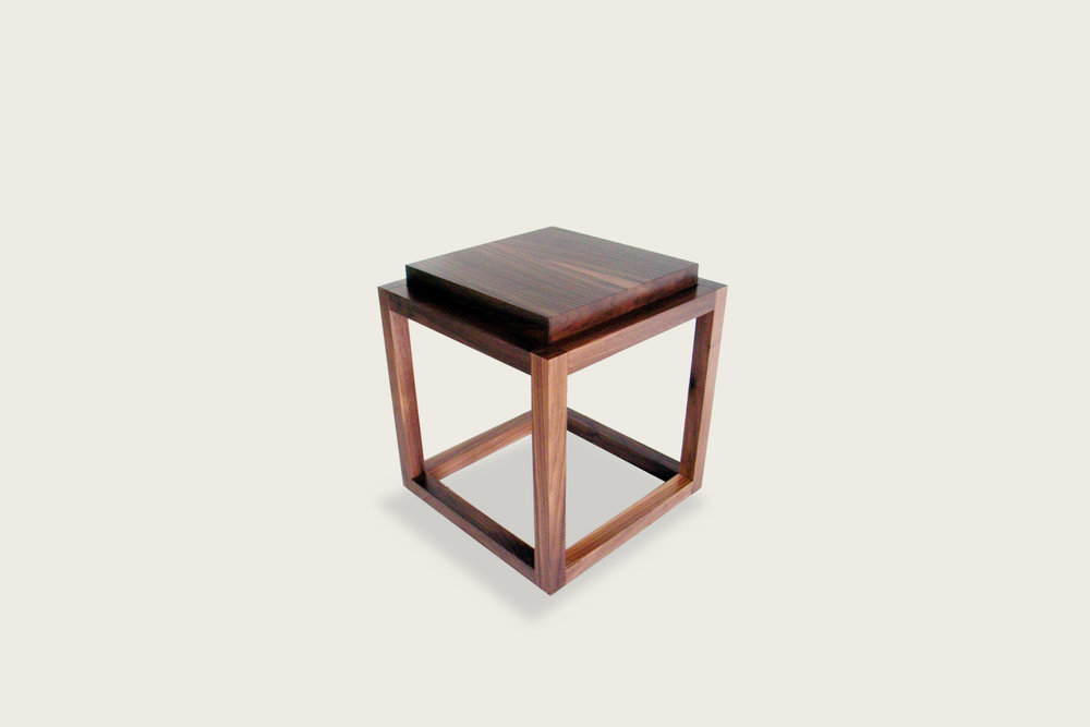 Petits Fours Side Table in walnut  - Speke Klein