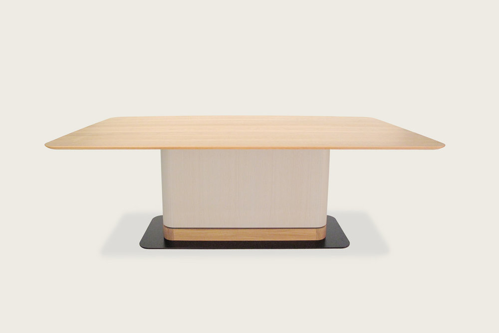 Speke Klein - Contour Pedestal Table in oak