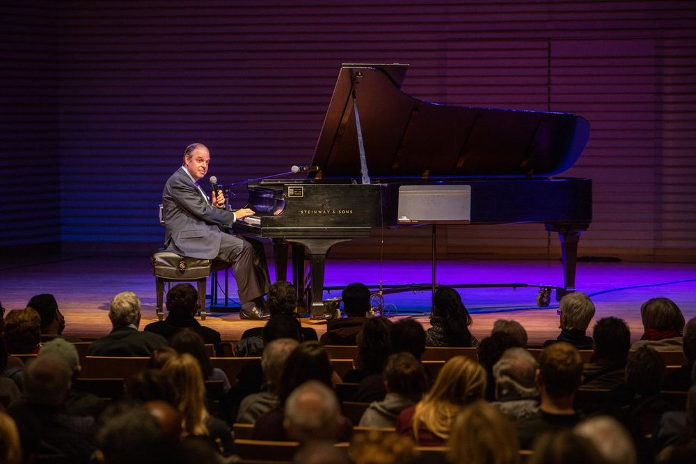 """An informed and entertaining scholar, American pianist  Bill Charlap  presented """"George Gershwin, The Blues and the American Soul"""" at the second annual Oscar Peterson International Jazz Festival in Niagara-On-The-Lake, Ontario."""