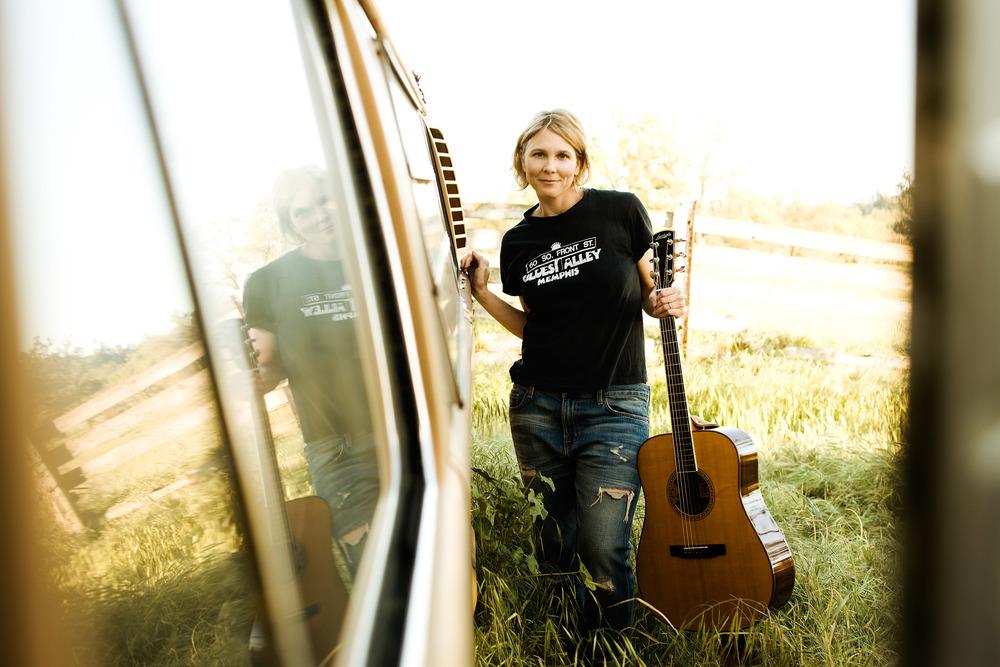 Inga_Swearingen-BusSide-Credit-Barry_Goyette-3072x2048.jpg
