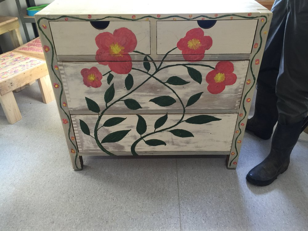 Shabby Chic Chest of Drawers £75 (with optional matching table mirror £15)