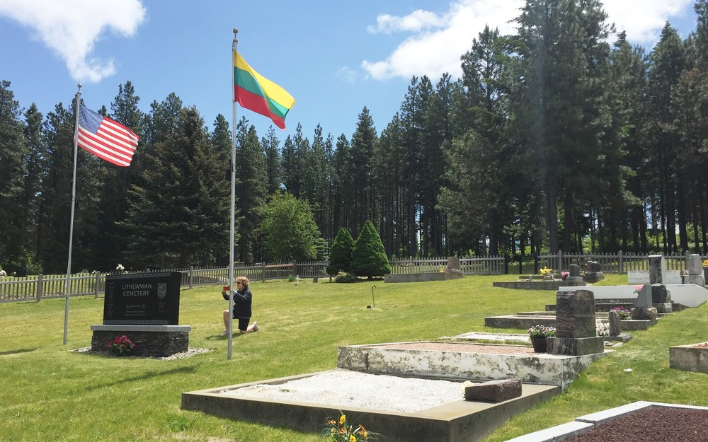 Lithuanian section of the cementary