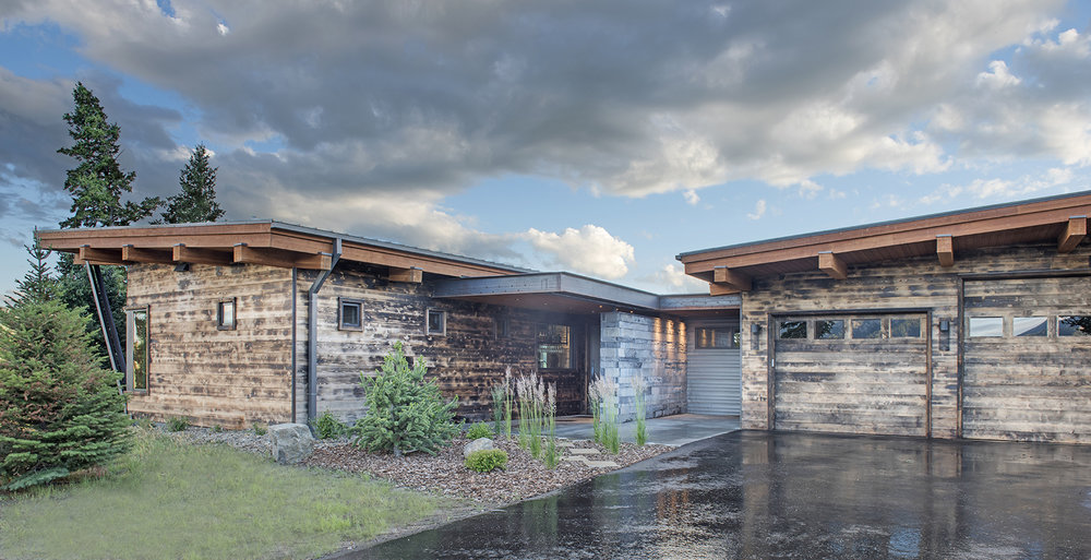 I love the charred wood of this beautiful, mountain contemporary home in Spanish Peaks Mountain Club.  Architect - Reid Smith Architects, Builder - Big Sky Home Builders