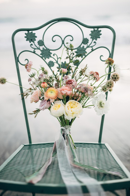 Bouquet by San Diego floral designer Botanicamuse / @botanicamuse Megan L Photo