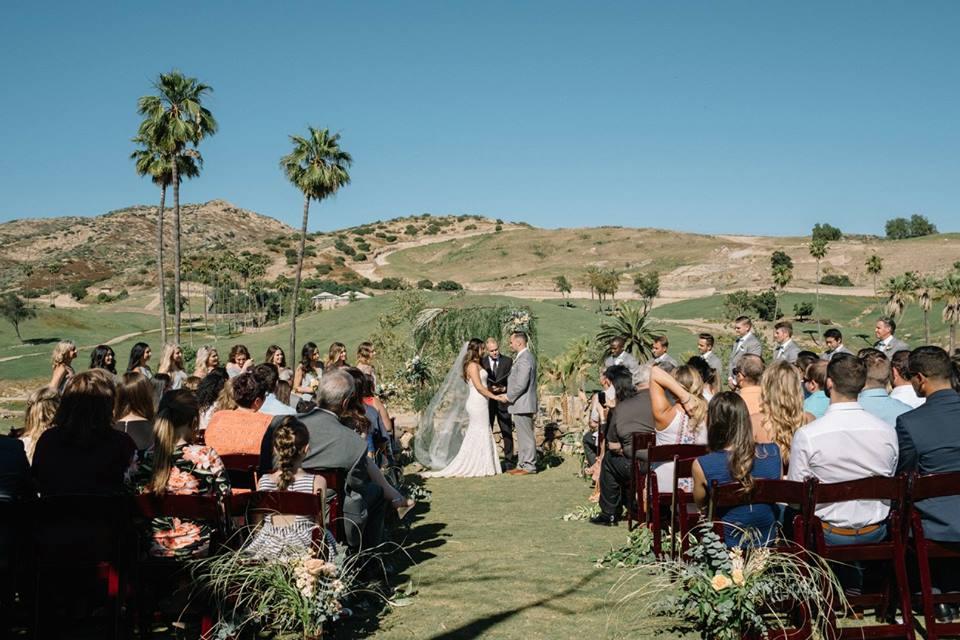 Welcome sign garland by San Diego floral designer Botanicamuse