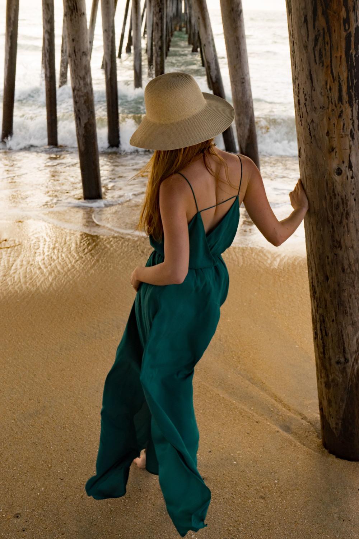 Spring outfits Ann Taylor Loft dress Beach