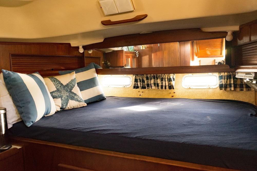 Sail, Sailing boat, Bedroom, Sailor