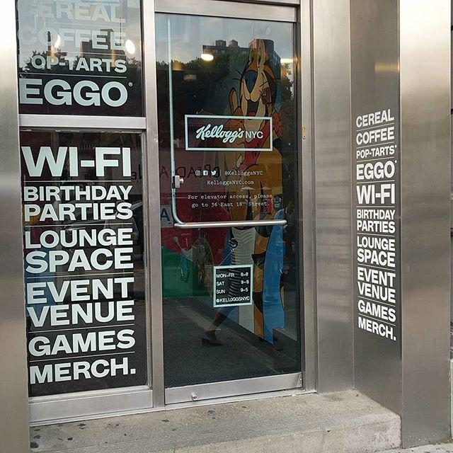 I saw people swing in hammocks on the second floor, enjoying waffles. #nyc #kellogsnyc