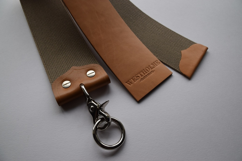 SPANISH HORSE HIDE STROPS