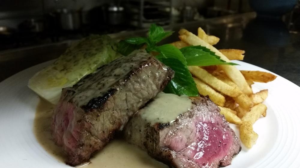 Steak Au P.jpg