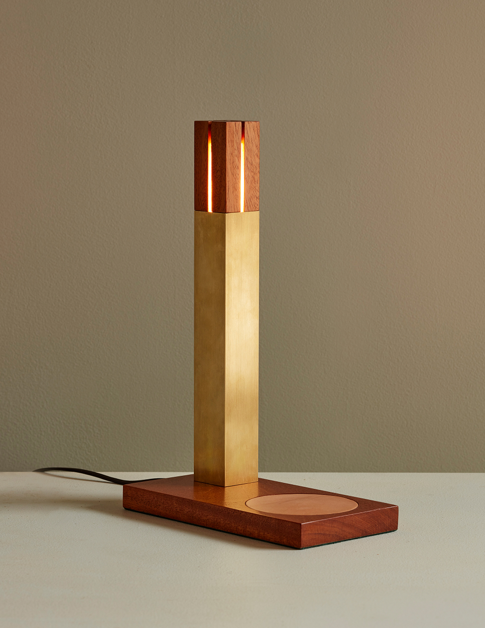 BOLAND+WOODWORKING_CEDAR+TABLE+LAMP_019+FINAL+Credit+Jason+Varney+resize.png