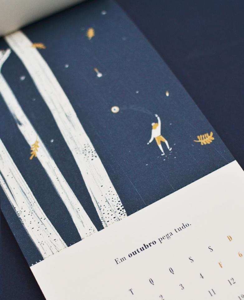 Outubro, por     Carolina Celas     . /   October, by     Carolina Celas   .