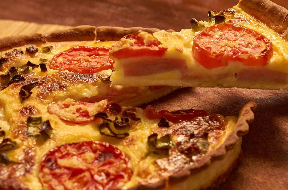 Tarta Napolitana Jamon-Queso-y-Tomate.jpg
