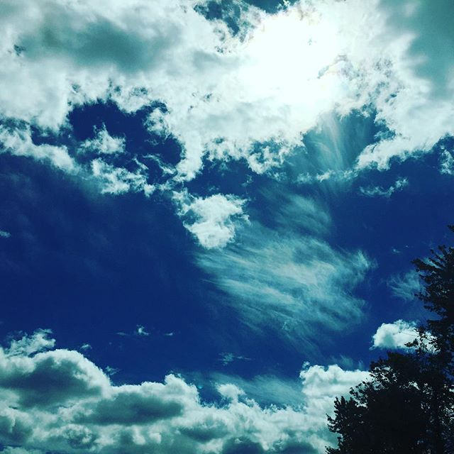 Cumulus clouds abound. #fluffyclouds #cumulusclouds #skyview
