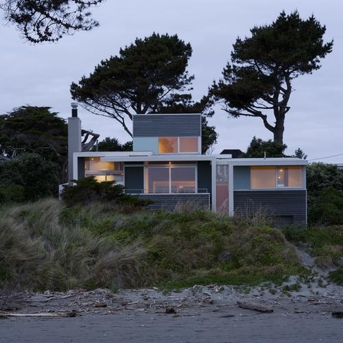 Raumati Beach House 2007