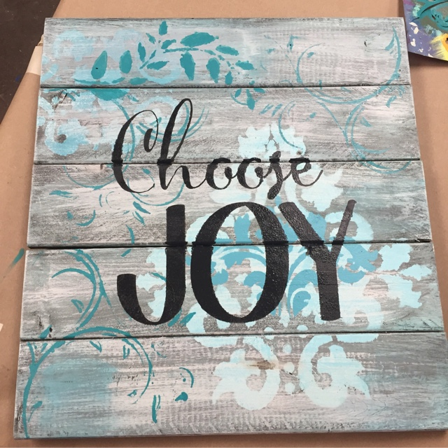DIY Pallet & Pastry events - create fun and functional home art