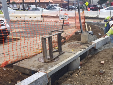 Installation of curb at each side of Inlet I-43 @ Clay Pl