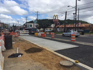 New Bus Pad @ SB Minn & Clay Pl
