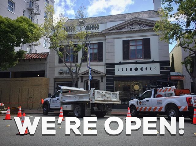 There's a lot of construction going on this week on 3rd Ave while our new neighbors @backhausbread get ready to open 🙌🏻 Don't let that stop you from paying us a visit! We're open our regular hours this week. . ⭐️ Pro Tip ⭐️ Struggling to find parking? There's ALWAYS parking at the garage on the corner of 2nd Ave and El Camino! . . . . www.goldenmoongallery.com #open #supporthandmade #shopsmall #goldenmoongallery #sanmateo #bayarea #localbusiness #supportsmallbusiness #handmade #localartist #construction