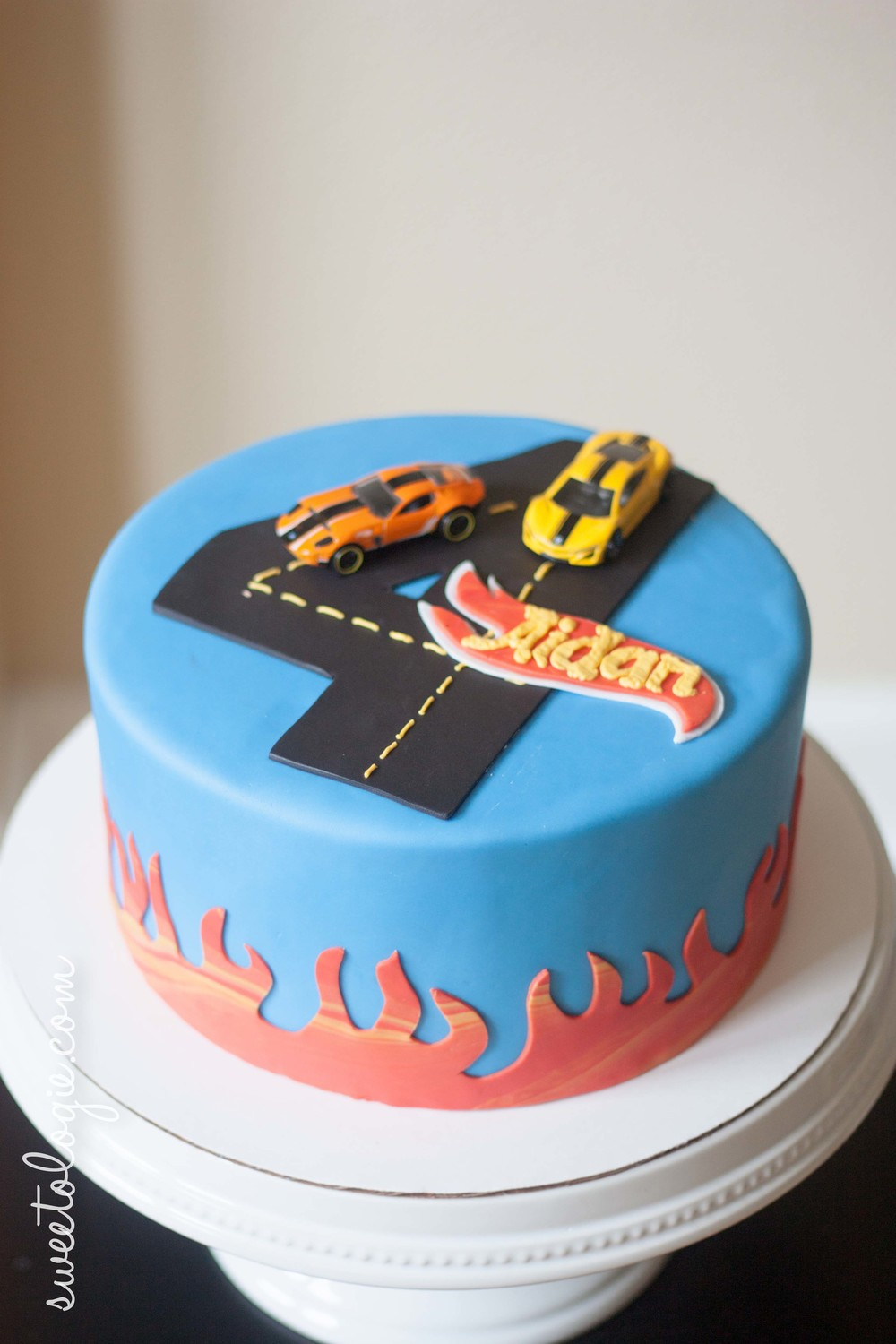 Hot Wheels Cake.jpg