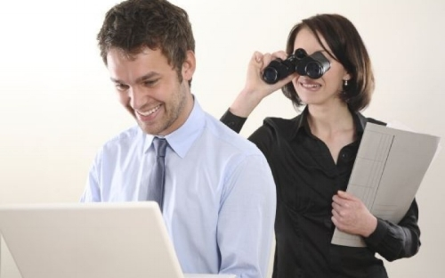 Be-Spying-On-Your-Employees'-Workplace-Communications-800x500_c.jpg