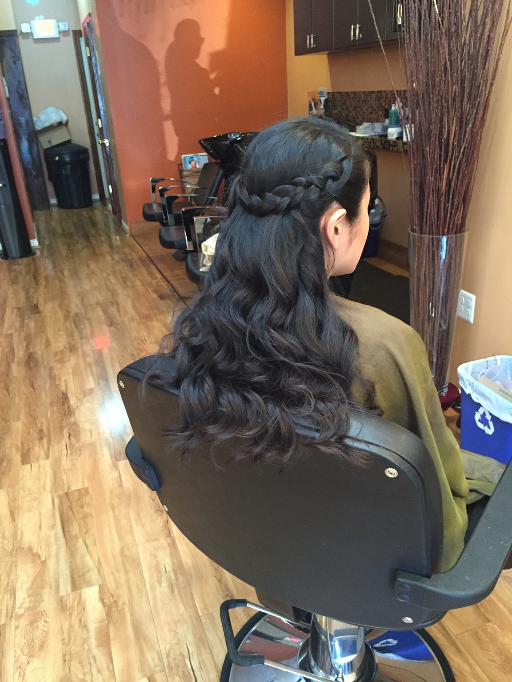 Blow-out. Wand curls. Crown Goddess Braid