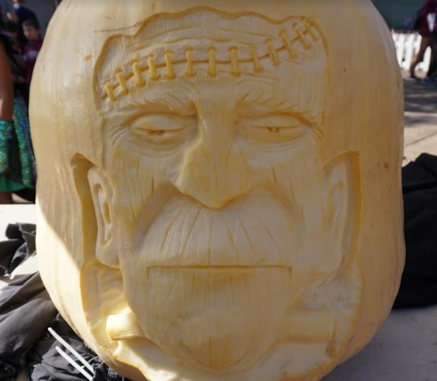 tim pate's pumpkin closeup.PNG