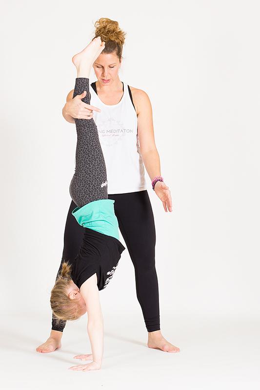 Global_yoga_kids_yogafoto_30_webb kopia.jpg