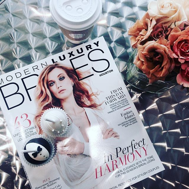 Thank you #modernluxurybrideshouston and #petitesweetshouston for a sweet start to a day of #eventplanning. Got to see some of my fave industry peeps! macaroons, cake-balls and coffee... Oh my!