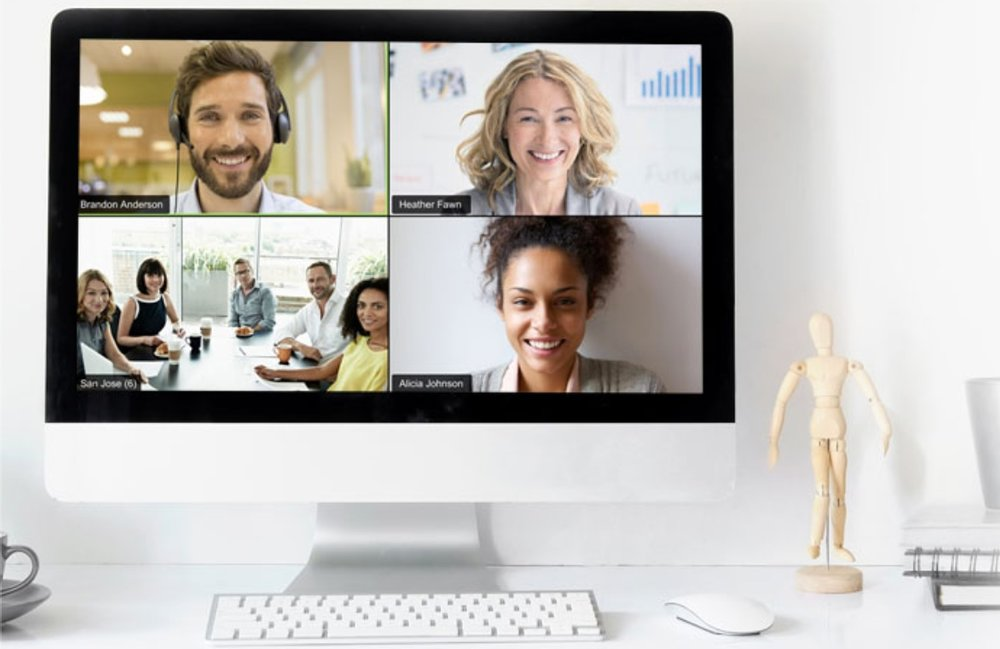 Zoom computer call with team