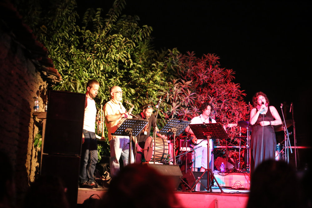 Aggeliki Toubanaki & The Buzz Bastardz