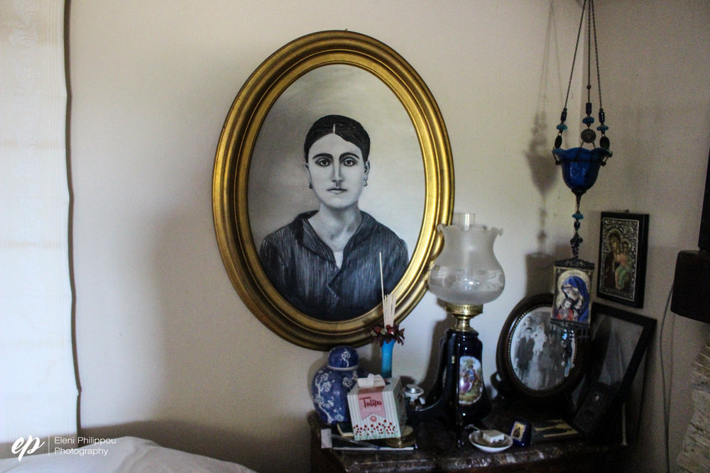 A portrait of her mother, Kika painted