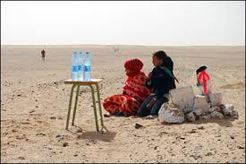 Locals watching the Sahara Marathon