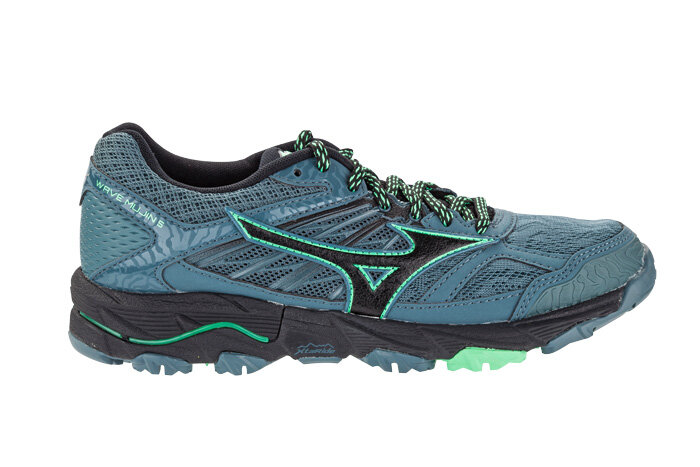 mizuno trail review