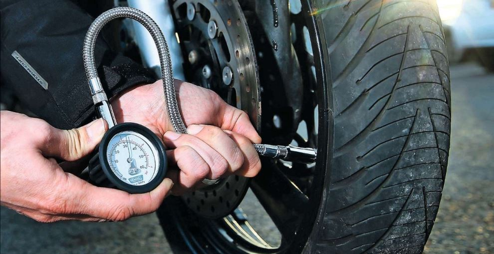 RiDE Product Test – Tyre Pressure Gauges