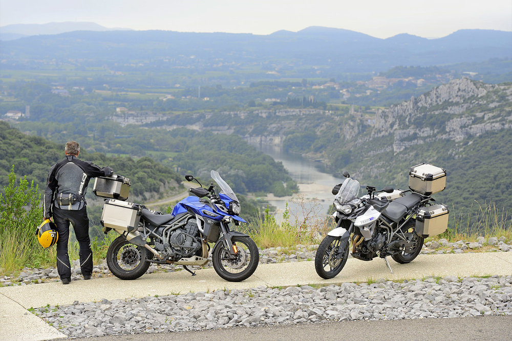 A brief stop allows the full glory of the Gorges de l'Ardèche to sink in