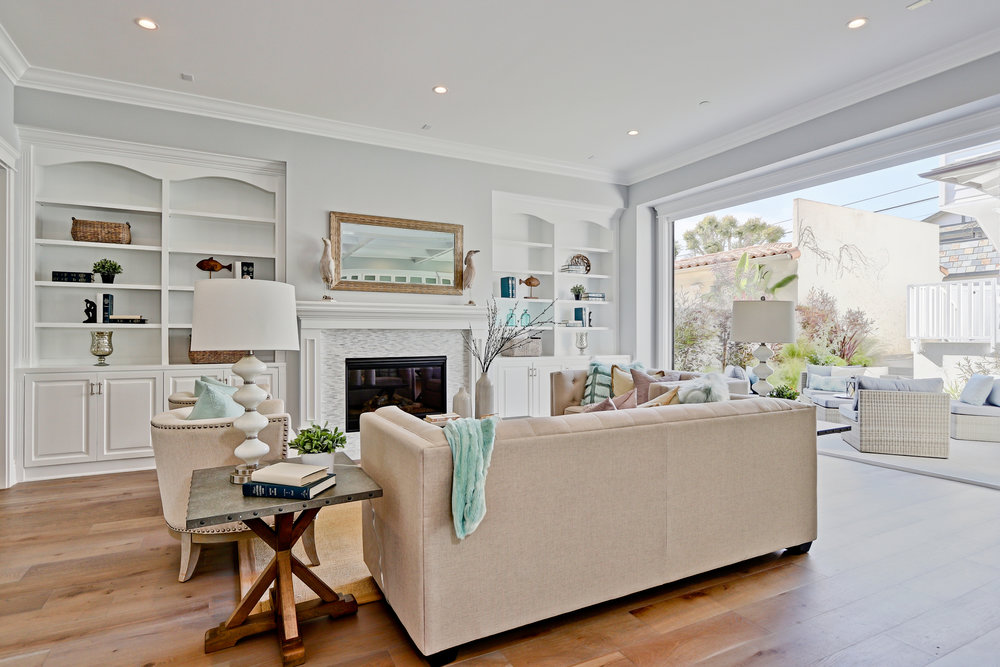 Judson - 575 31st_Family room1.jpg