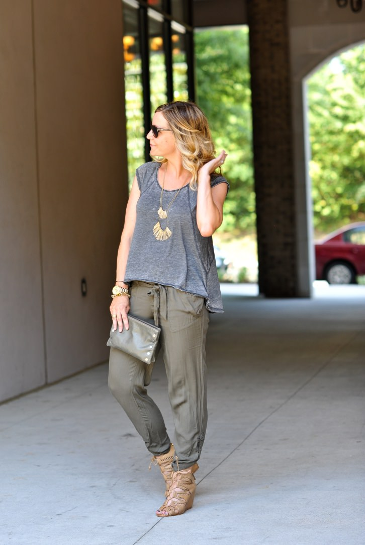 olive joggers 5.jpg