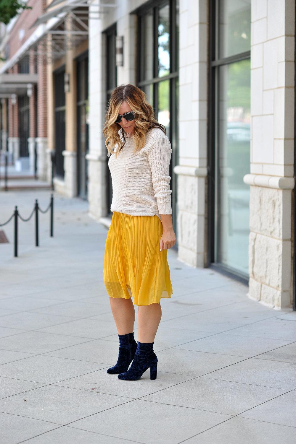 sweater 3.jpg