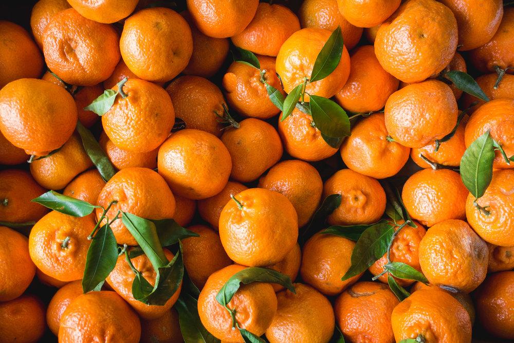 foodiesfeed.com_just-tangerines.jpg