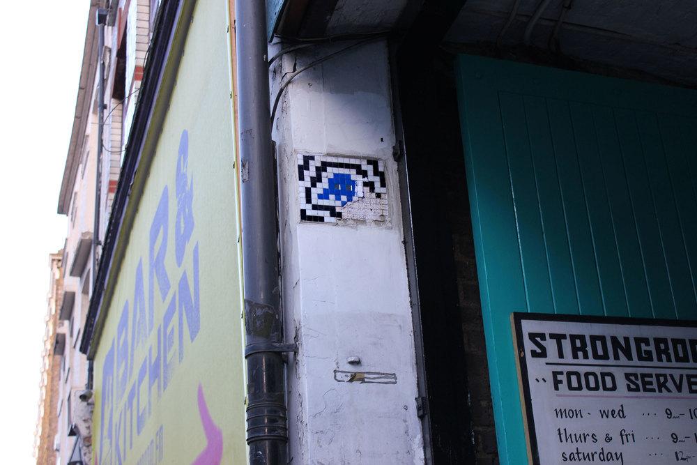 IMG_2182_Invader_London_2012_WEB.jpg