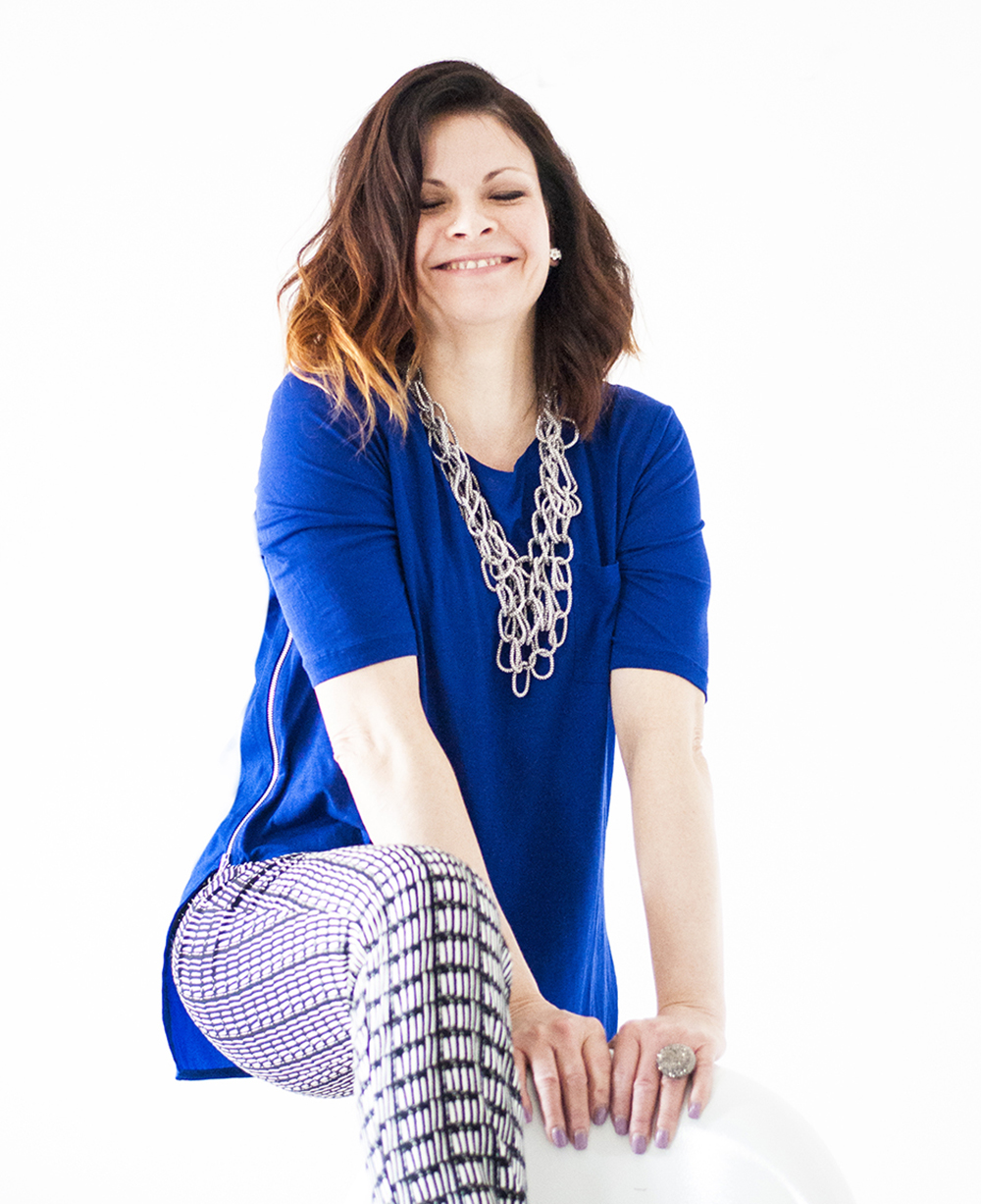 Cindy Radford is the owner & the creative force behind Festun Design.