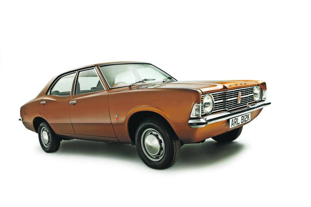 Ford_Cortina_Mk3_ID115308 V.jpg
